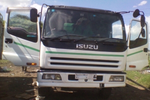 Trucks for hire  trucks for hire in kenya IMG 20121119 143643 300x200